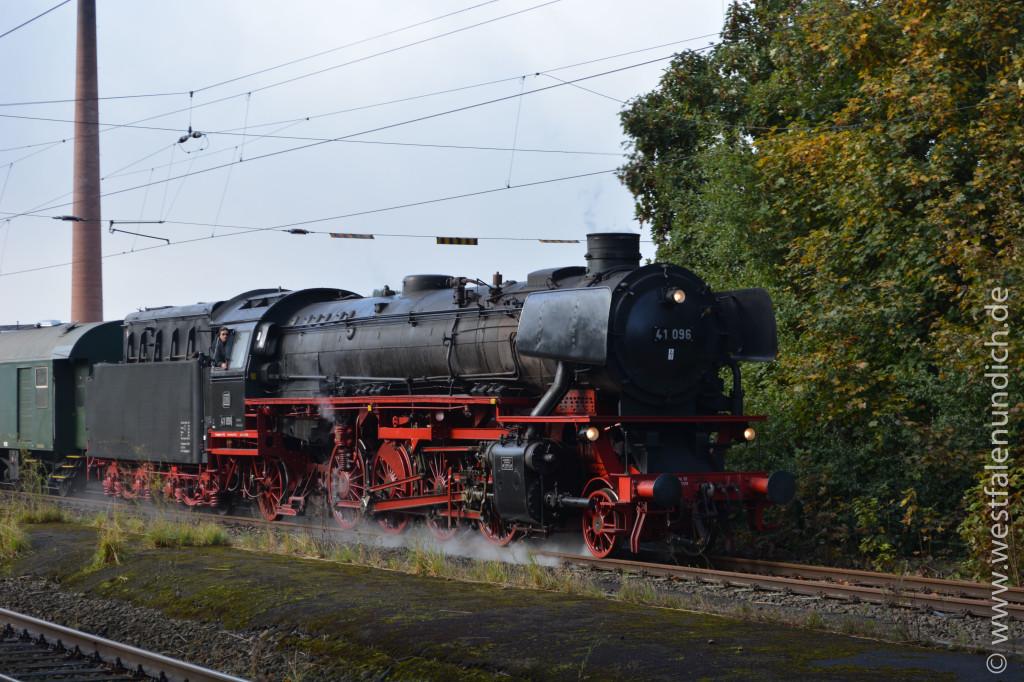 Bild 2 Rheingold Dampflok 41 096