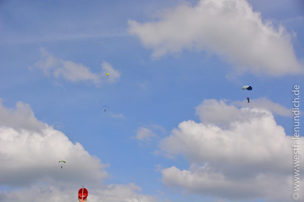 Fallschirm - Bild 02