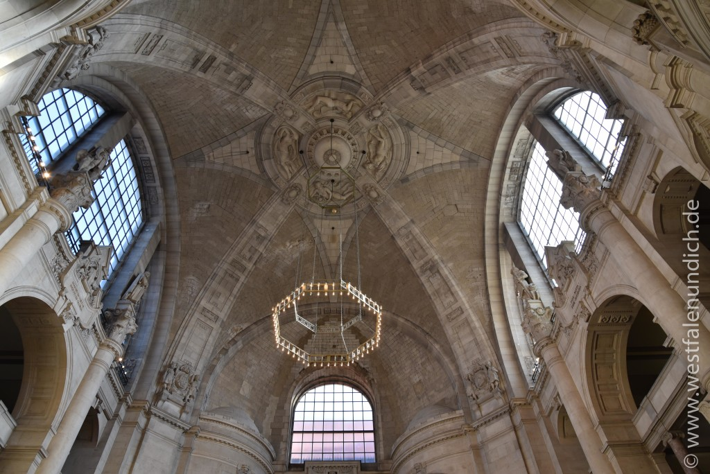 Hannover - Neues Rathaus - Innenansichten - Bild 01
