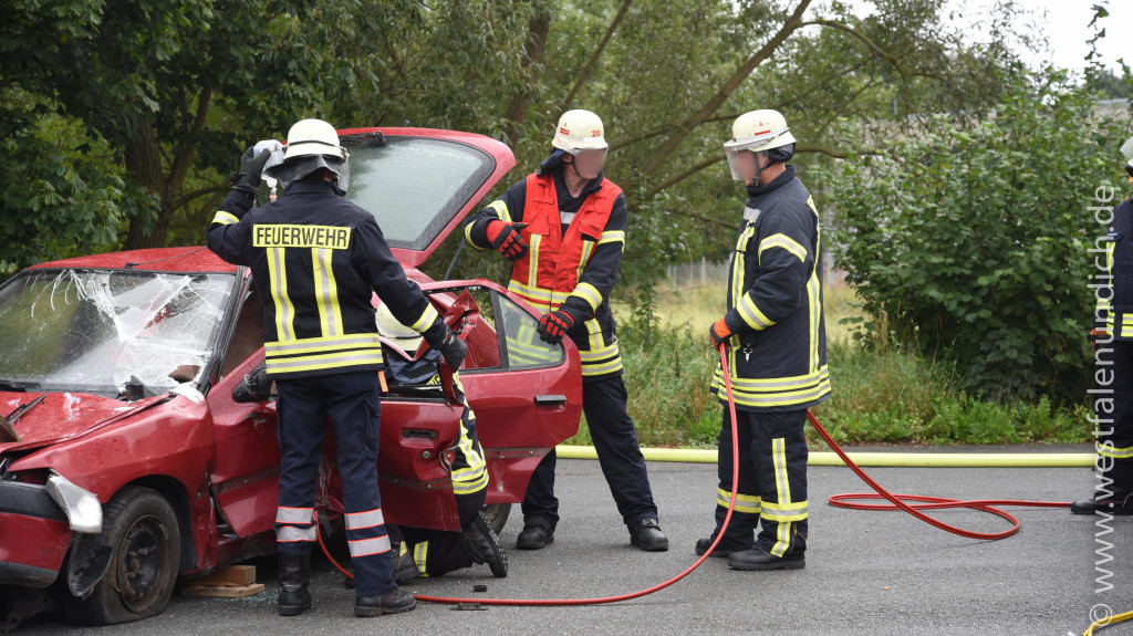 Steinheim - 3.Sicherheitstag der Feuerwehr Steinheim - Bild 16