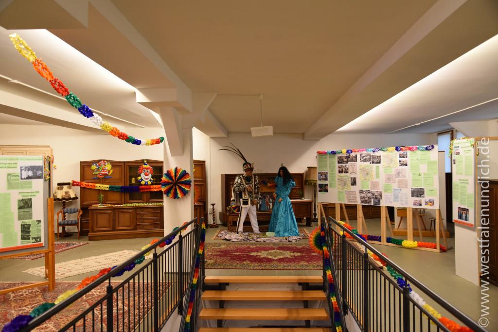 Möbelmuseum Steinheim - Ausstellung zu Karneval - Bild 03