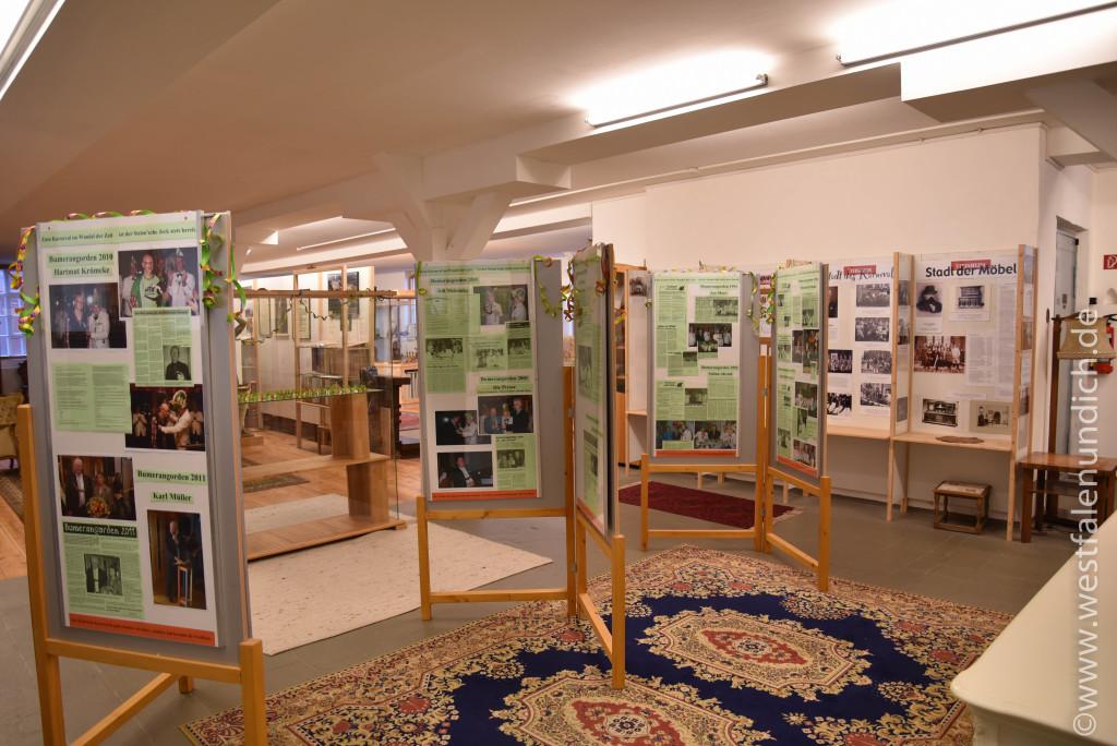 Möbelmuseum Steinheim - Ausstellung zu Karneval - Bild 01