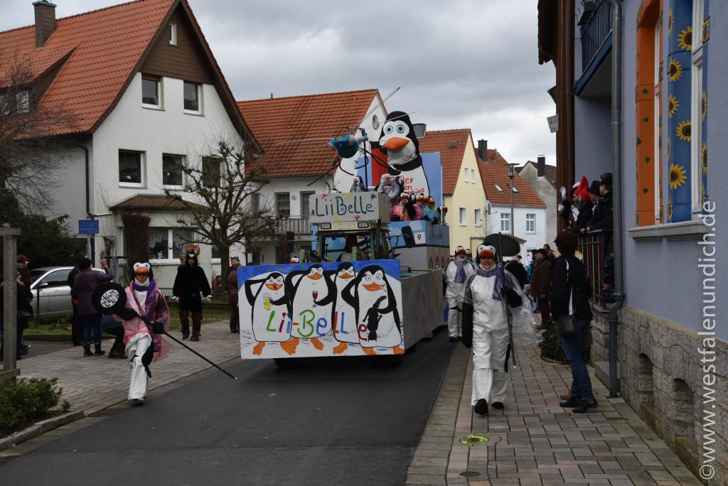 Rosenmontag 2016 – Steinheim - W9 - Die Pinguine aus Madagaskar 1. Beller Karnevalsverein - Bild 01