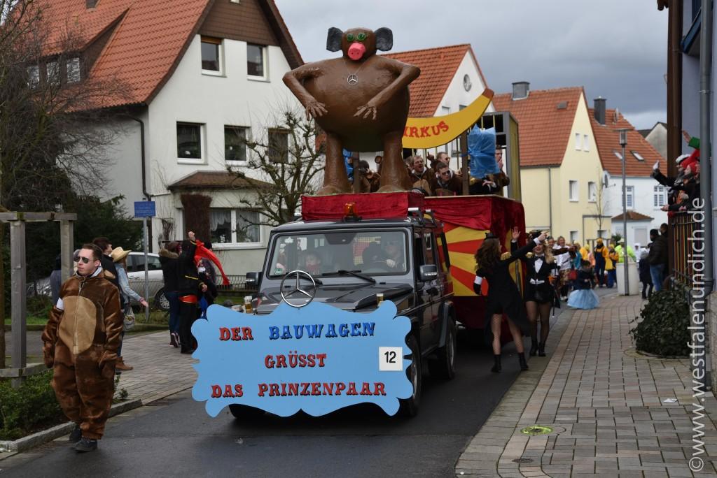 Rosenmontag 2016 – Steinheim - W12 - Affenzirkus Bauwagen - Bild 02