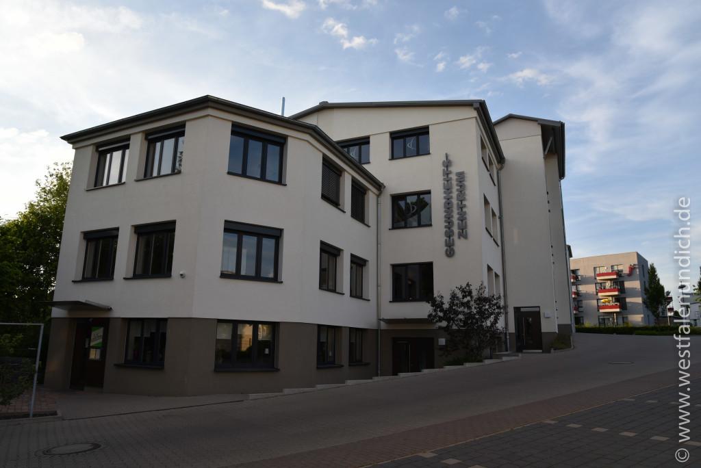 Steinheim - Stadtumbau West und der Abriss von alten Gebäuden - Bild 19 - Gesundheitszentrum
