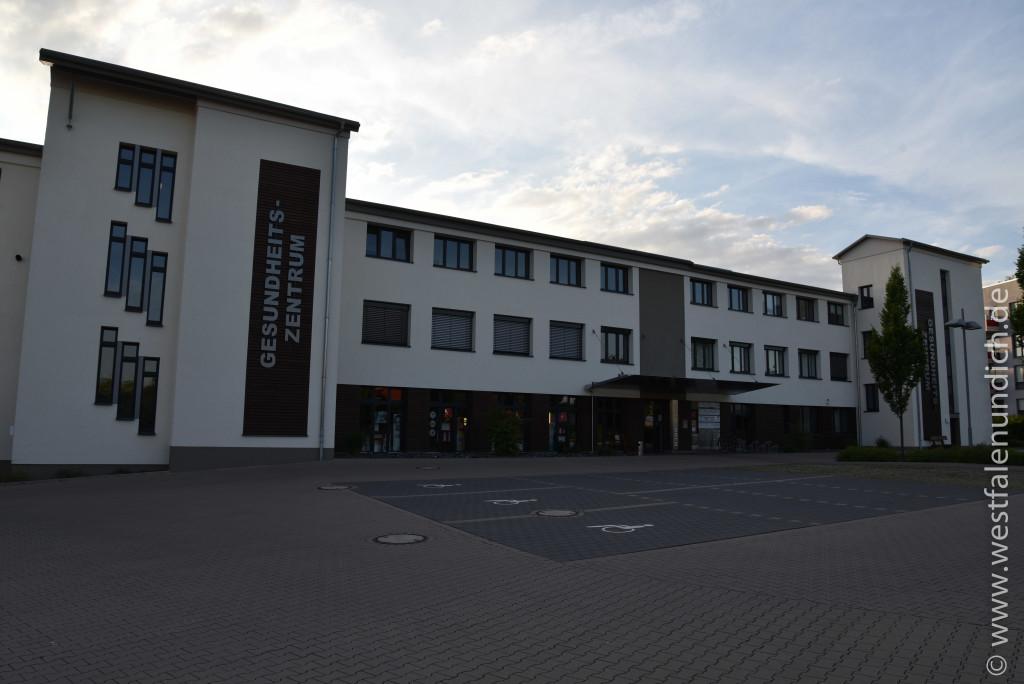 Steinheim - Stadtumbau West und der Abriss von alten Gebäuden - Bild 20 - Gesundheitszentrum
