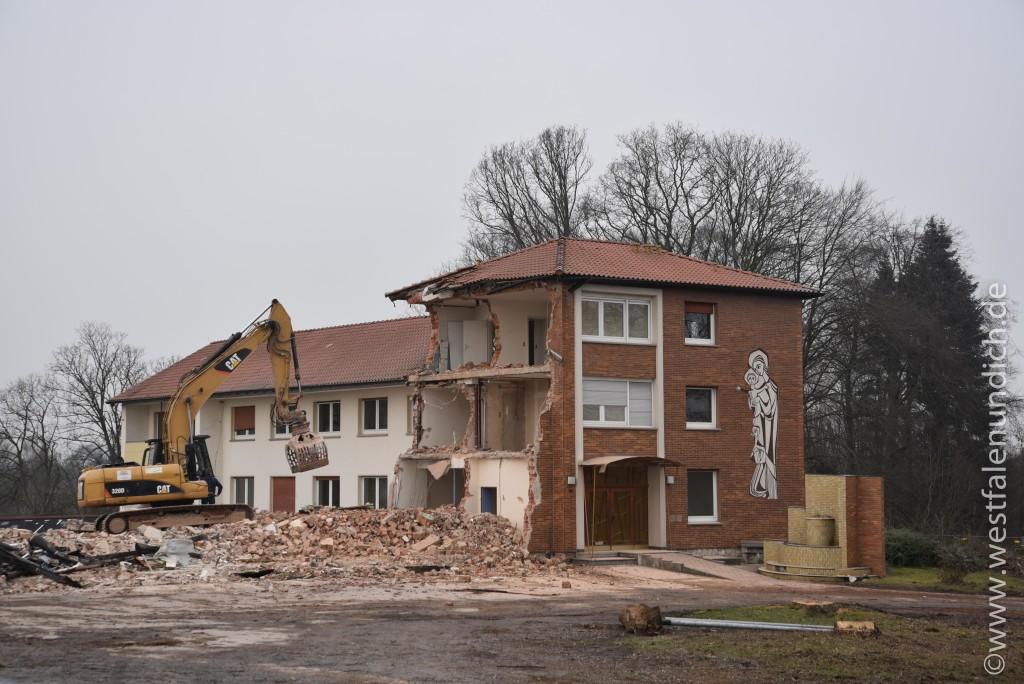 Steinheim - Abriss des Maria-Theresien-Stifts - Bild 04