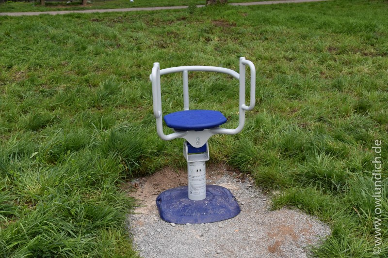 Neue Sportgeräte - Otto-Lüke-Weg - Bild 07 - Balance Seat