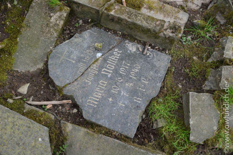 Grabsteinfragmente in der Nähe des Heubachs/Emmer - Bild 04