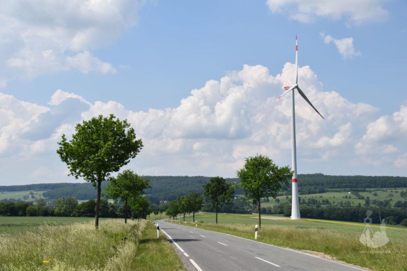Windkraft bei Holzhausen 2016 - Bild 01