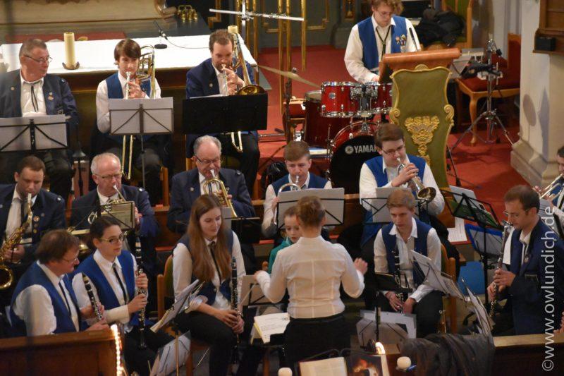 Kirchenkonzert zum Advent in Vinsebeck 2016 - Lied 08