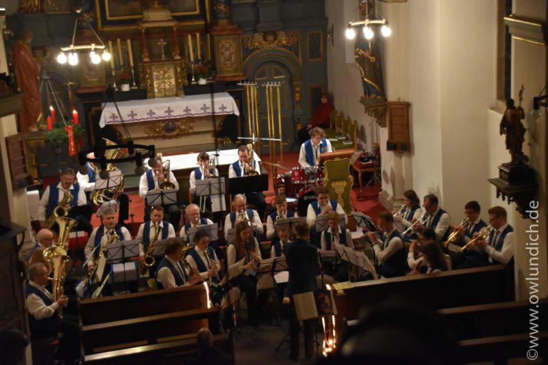 Kirchenkonzert zum Advent in Vinsebeck 2016 - Lied 07