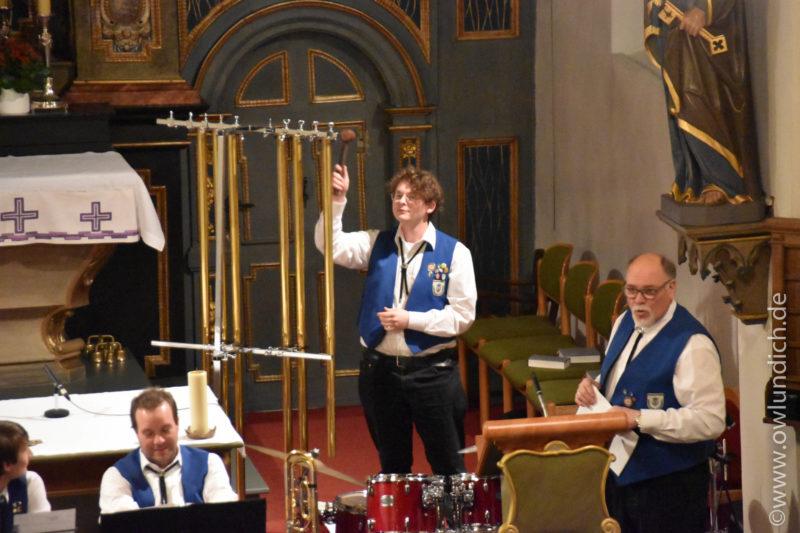 Kirchenkonzert zum Advent in Vinsebeck 2016 - Lied 05
